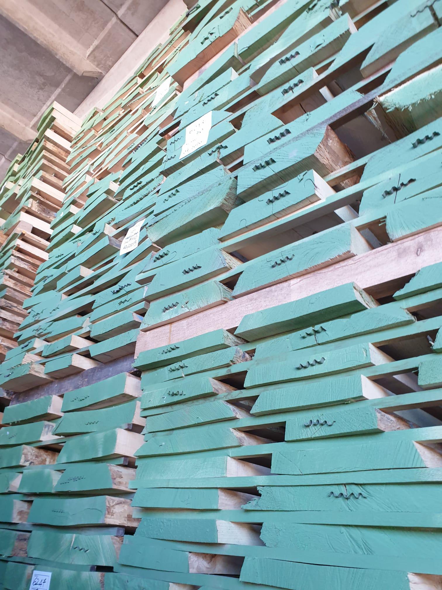 Frassino slavo tavolame - sp 40 50 60 70 80 100 - netto da nodi - per falegnameria