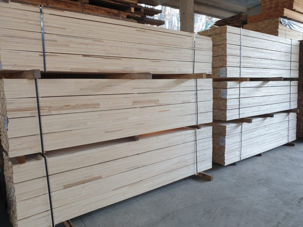 ABETE FINGER JOINT 1 - SP 20 E 30 - lungh mt 3, largh cm 5 e 7, ideale per produzione strutture tenditela per quadri e dipinti (4)